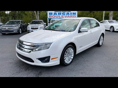 Pre-Owned 2010 Ford Fusion 4dr Sdn Hybrid FWD