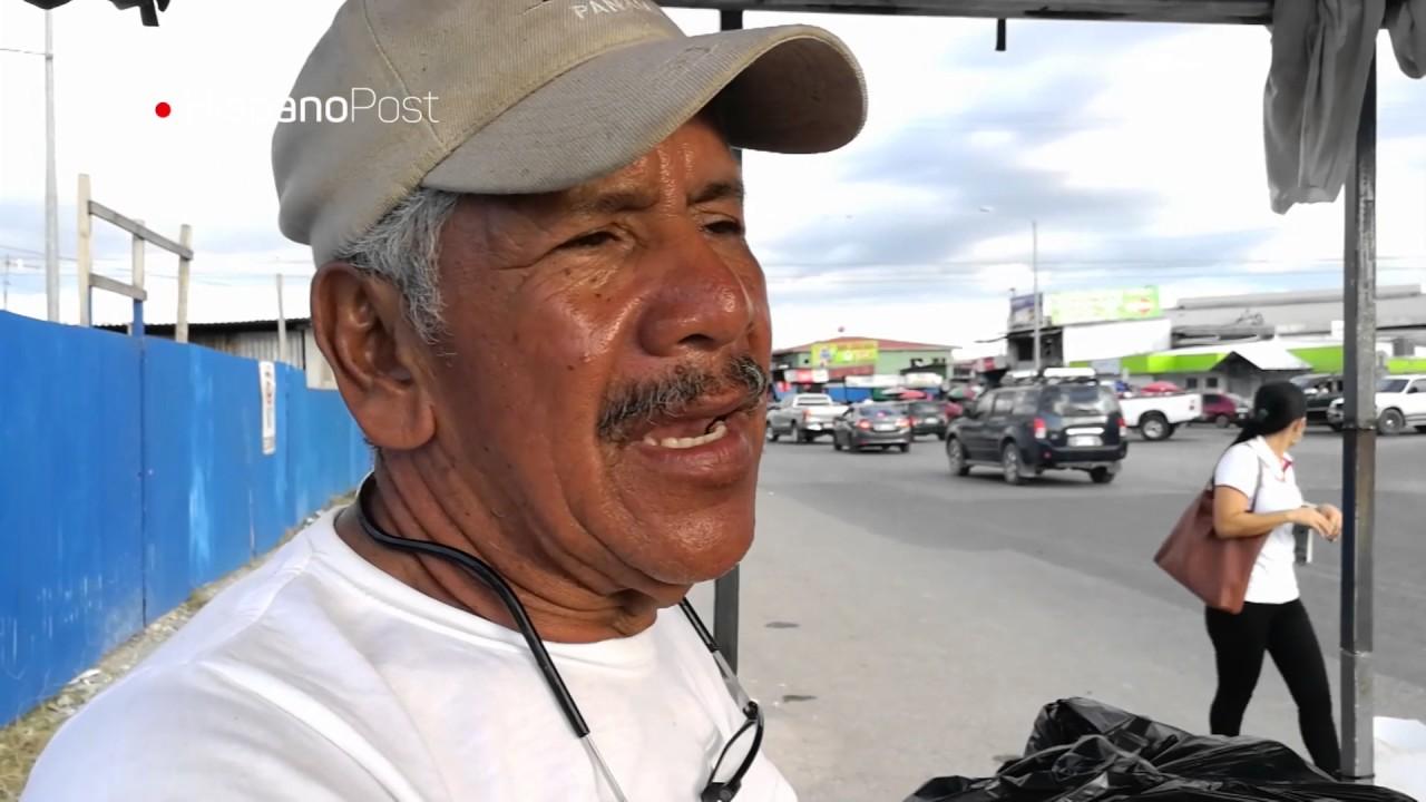 Vendedores ambulantes sufren la crisis fronteriza en Costa Rica