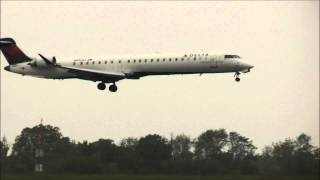preview picture of video '[HD] Delta Connection CRJ-900 Philadelphia Intl Airport'