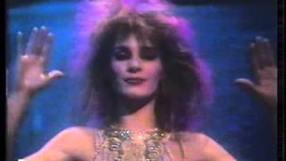 Sue Menhenick - I'll Find My Way Home - Jon And Vangelis (17th Dec 1981)