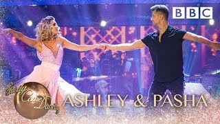 Ashley Roberts & Pasha Kovalev Salsa to 'Time Of My Life' - BBC Strictly 2018