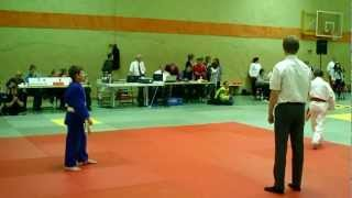 preview picture of video 'Philipp Denisov, BEM U14 Platz 3, bis 37 kg, Judo Team Hannover, 30.09.2012 in Holle'