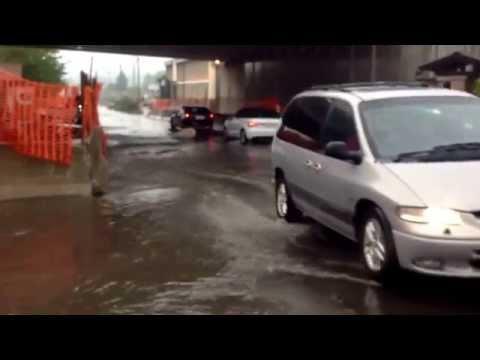 L'acquazzone allaga il sotto passo di Pedemontana
