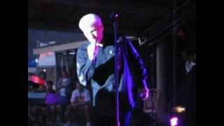 "Dennis DeYoung ""Don't Let It End"" live in Beaumont summer concert series (07/07/2010)"
