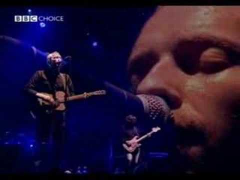 coldplay performing spies
