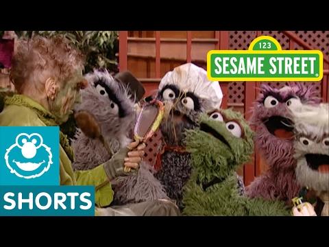 Sesame Street: Grouch Eye for the Nice Guy (with Oscar)