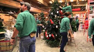 Getting Ready For Christmas In Freeport, Maine  | L.L.Bean