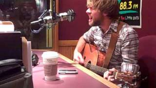 "Josh Wilson sings ""Savior Please"" Live On Z88.3"