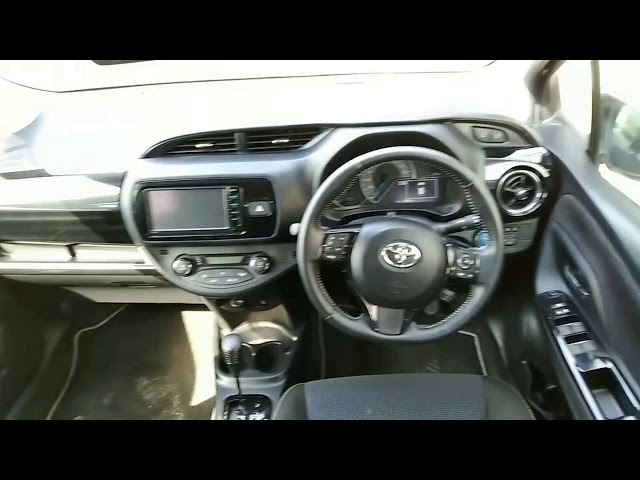 Toyota Vitz Hybrid U 1.5 2018 for Sale in Lahore