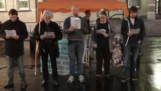 preview picture of video 'Montagsdemo - Mahnwache für den Frieden Halle (Saale) 13. Oktober 2014, Teil 1 von 5'