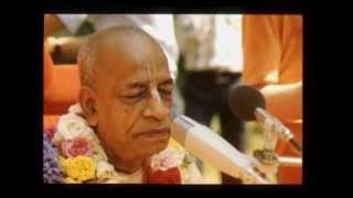 Difference Between Bhakta and Karmi - Prabhupada 0052