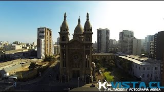 preview picture of video 'Plaza de las Columnatas, Iglesia del Santisimo Sacramento. Por www.k-vista.cl'