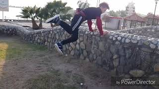 preview picture of video 'پارکور ساوه freerunning #saveh @javadtavakkoli3 2018'