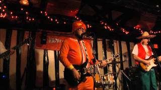 The Pullouts - Tonight I'm Gonna Rock You Tonight (Spinal Tap cover) Halloween 2010