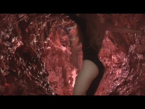 Shakira - She Wolf (YouTube Version)