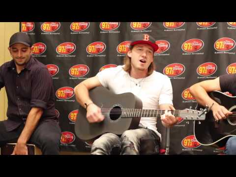 "Morgan Wallen - ""Whiskey Glasses"" 