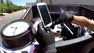 DUMPSTER DIVING- WORKING PHONE! WHAT ELSE IS IN HERE?