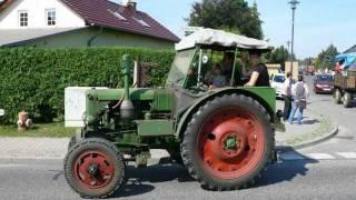 preview picture of video 'Dorffest Ragow 2011: Rundfahrt der Traktoren'