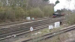 preview picture of video '70013 Oliver Cromwell storms past Petts Wood Junction.'