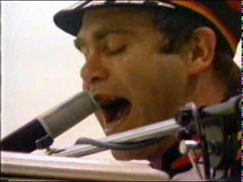 Elton John - Harmony 1980 Central Park