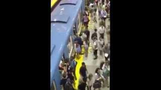 preview picture of video 'Ideas Compartidas Abordaje en el Metro de Santo Domingo'