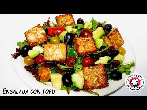 Ensalada con tofu