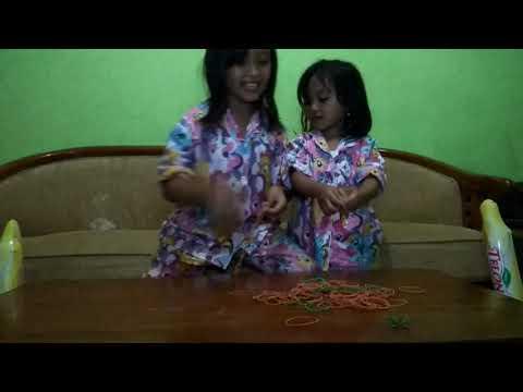 Cara membuat Mainan Lompat Tali dari Gelang Karet by Cicie n Kakak Wulan