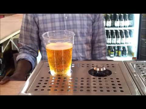 Bierglas Füllen