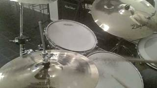 TOM PETTY & THE HEARTBREAKERS -  RUNAWAY TRAINS   ( Drum Cover )