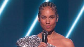 Alicia Keys Pays Tribute To Kobe Bryant In 2020 GRAMMY Awards Opening