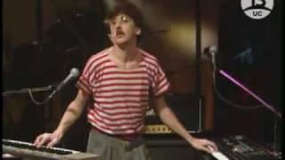 Charly Garcia - Promesas sobre el bidet (Chile 1985)