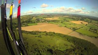 preview picture of video 'Paragliding Devils Dyke'