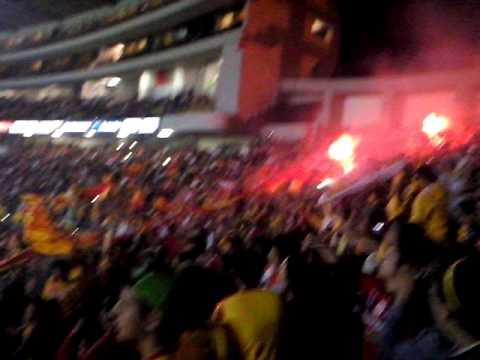 """""""Libertadores 2014 Locura 81 vs ind. de santa fe"""" Barra: Locura 81 • Club: Monarcas Morelia"""
