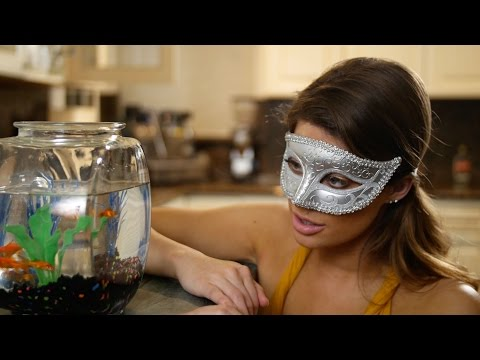 Romeo & Juliet | Hannah Stocking & Inanna Sarkis