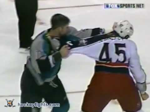 Jody Shelley vs Scott Parker
