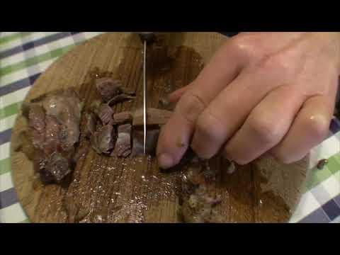 Suppenfleisch mit Brühe für Eintöpfe auf Vorrat herstellen