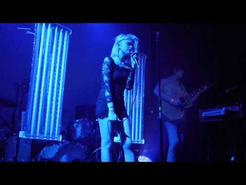 Sky Ferreira - Werewolf LIVE HD (2013) Los Angeles Bootleg Theater