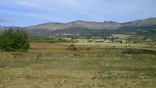 preview picture of video 'Campo de vuelo de La Pobla de Segur'