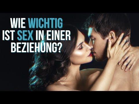 Ich breitete auf Sex in der Schule in Russisch