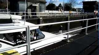 preview picture of video 'Ballard Locks in Seattle, WA'