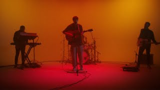 Boy in Space – u n eye (Live) [Official Video]