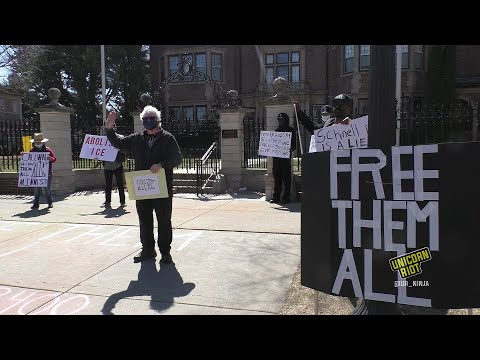 'Free Them All' Fast and Protest in Saint Paul, MN
