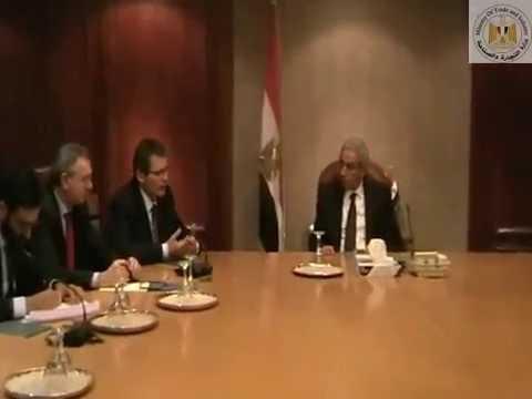 لقاء الوزير /طارق قابيل بنائب رئيس احدى كبريات الشركات الفرنسية المنتجة للسيارات