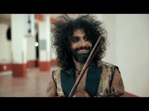 'Una vida entre las cuerdas': la música como salvavidas
