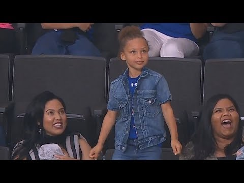 Stephen Curry's Daughter Riley Steals The Show With Dance Moves! Lakers vs Warriors