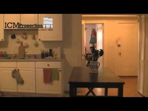 5038 N. Wolcott: 1 Bed - White Kitchen w/ DW