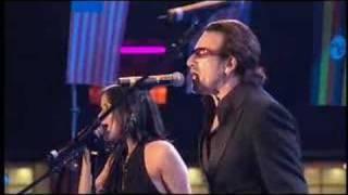 When The Stars Go Blue - Bono & The Corrs live