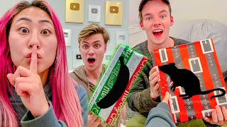 SURPRISING FRIENDS with the WORST CHRISTMAS PRESENTS!! (PRANK)