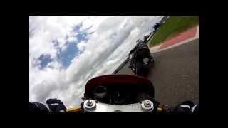 Vidéo Circuit de Magny Cours Club le 26 Avril 2015 Honda 1000 VTRF meilleur tour 1'29''01 par Jeanmanchesec