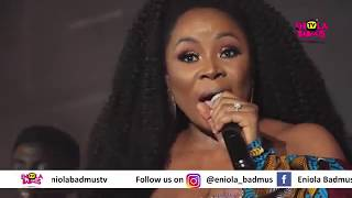 OMAWUMI WEPT AS WIZKID AND FALZ SUPRISED HER AT HER INDUSTRY NIGHT